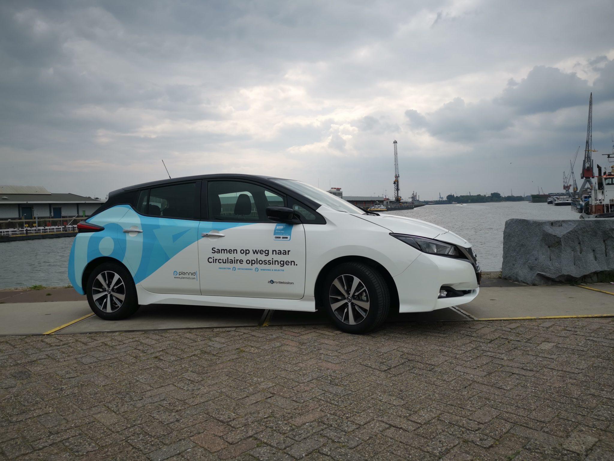 Plennid lanceert haar eerste elektrische deelauto
